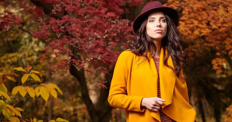 Najmodniejsze kolory jesieni – stylowy poradnik