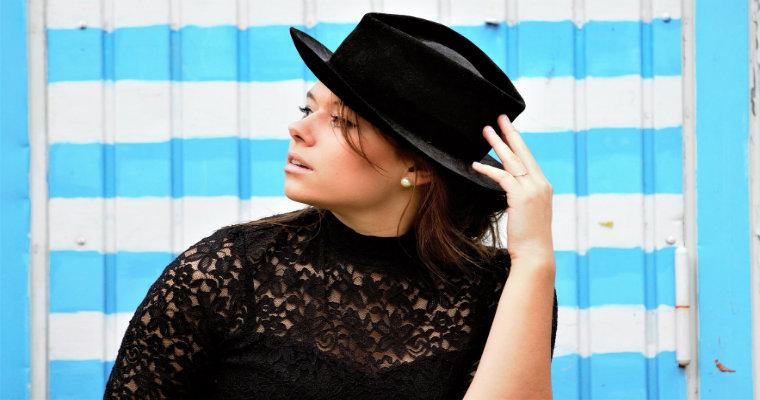 Modne kapelusze damskie – przegląd trendów