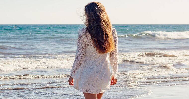 Sukienka koronkowa: najpiękniejsze modele