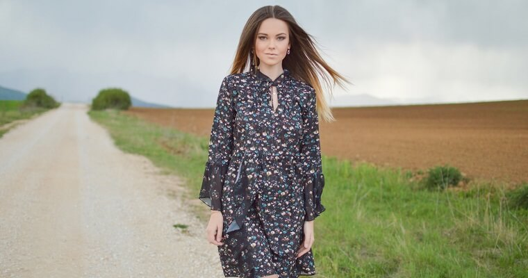 0a8c536574 Sukienki we wzory na jesień - Blog eButik.pl