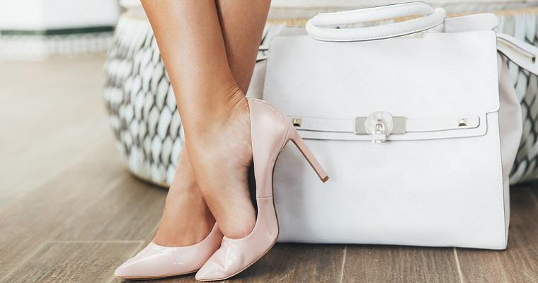 Buty do biura – jakie fasony wybierać?