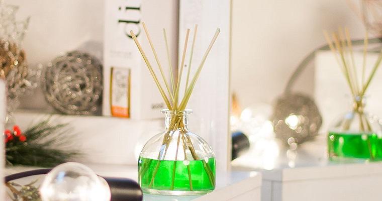 Zapachy do domu: świece, dyfuzory i odświeżacze