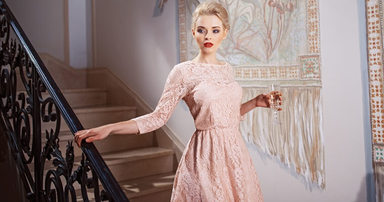 Długa sukienka na studniówkę: ciekawe modele