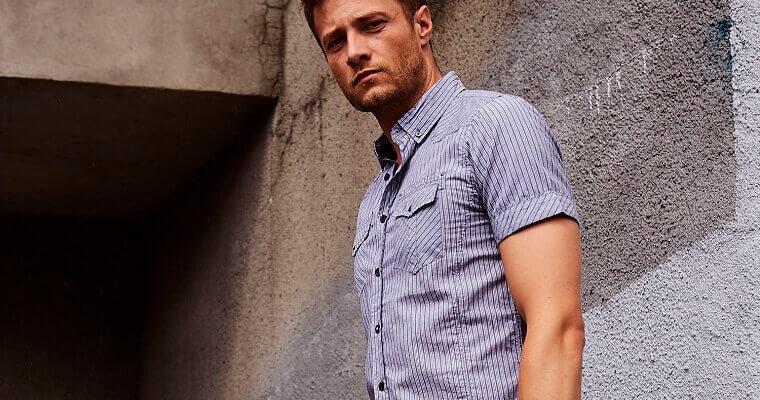 Międzynarodowy Dzień Koszuli – promocja na koszule męskie