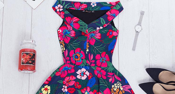 Sukienka w kwiaty: hit wiosny