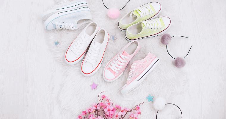 Trampki – idealne buty na wiosnę