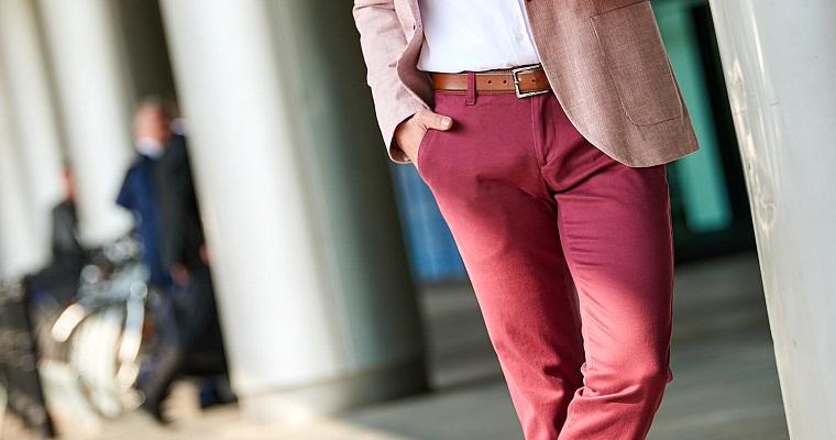 Męskie spodnie z materiału – jakie wybrać?