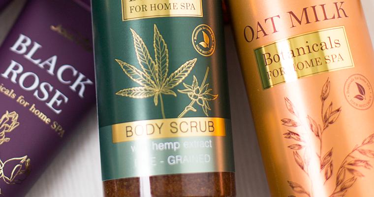 Kosmetyki nawilżające do ciała, które przyniosą ulgę suchej skórze!