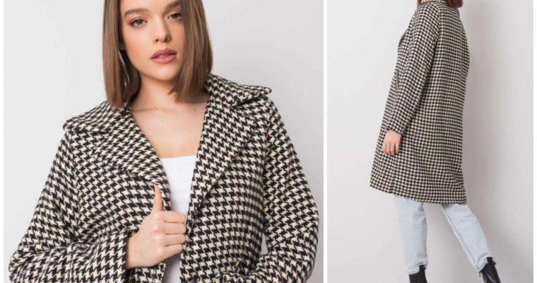 Płaszcz w pepitkę – jak go nosić?