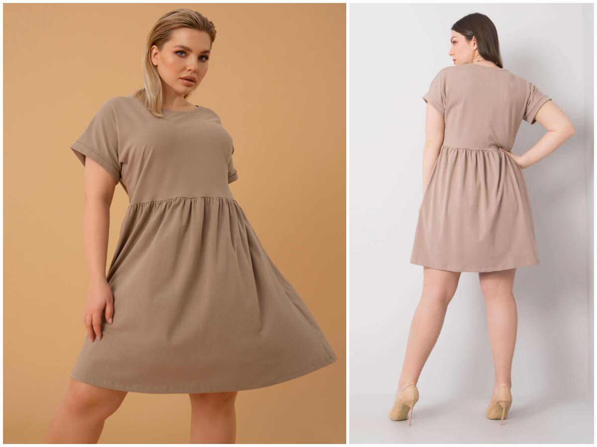 Beżowa sukienka plus size z bawełny w stylizacji z butami na obcasie