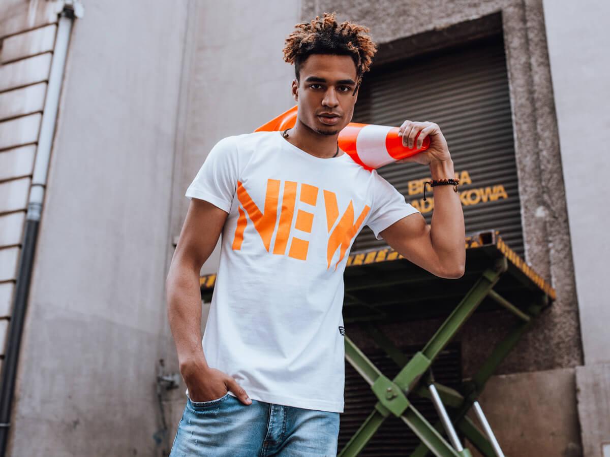 T-shirty męskie na lato – kiedy i do czego nosić?