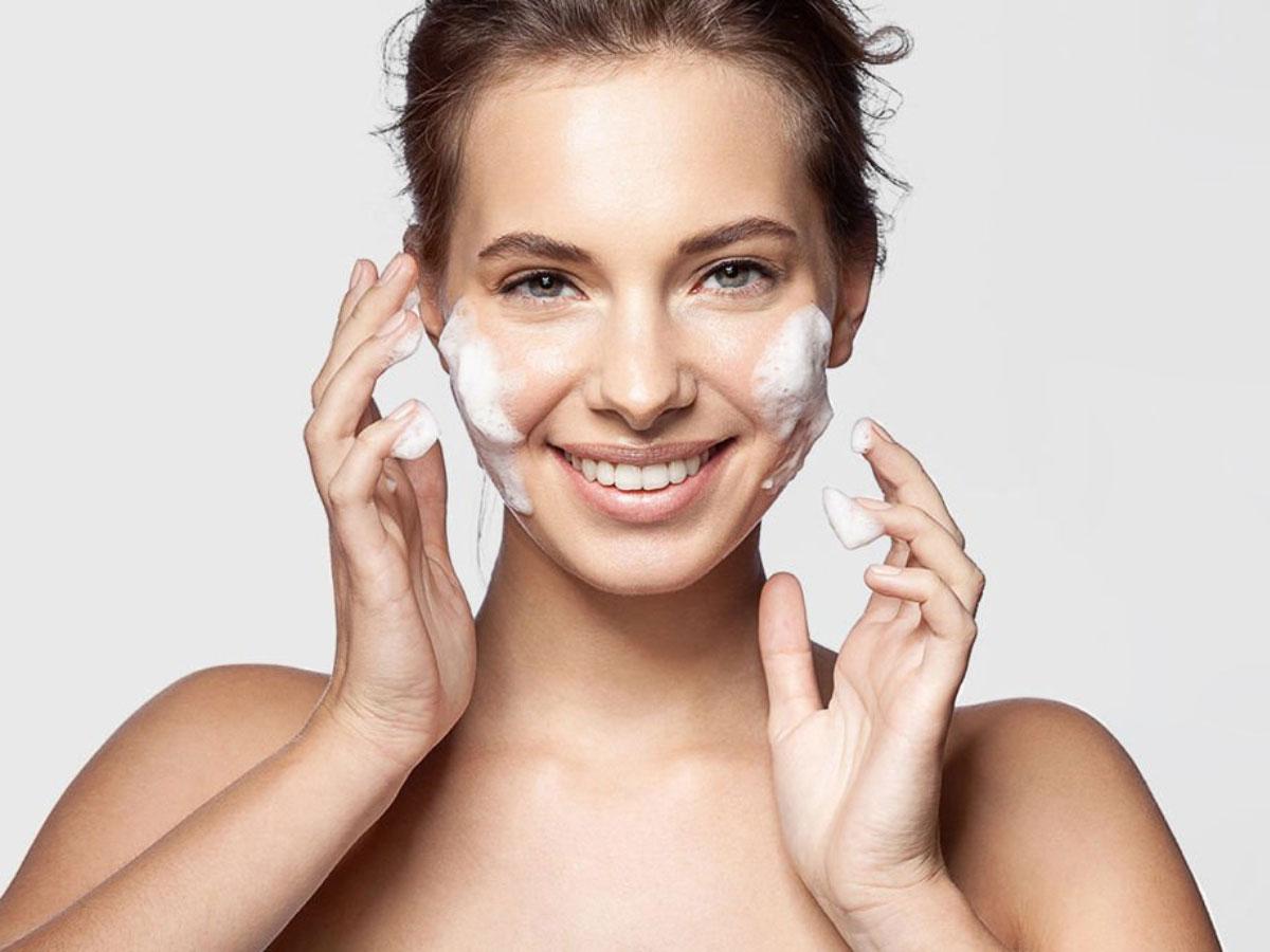 Oczyszczanie twarzy – jak robić je skutecznie?
